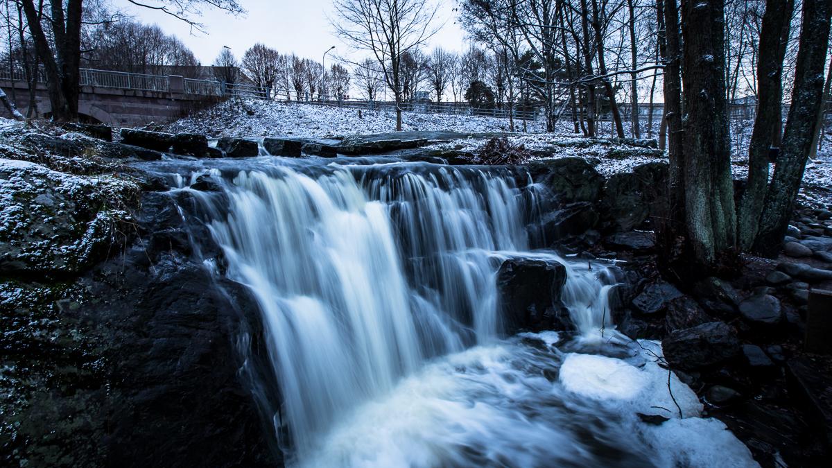 Kuukauden kuva 11/2015 - Pitäjänmäki, Helsinki 22.11. klo 12.28.